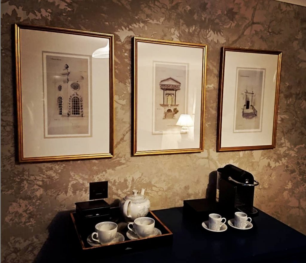 RICHMOND HILL HOTEL | LONDON - Every hotel room of the Richmond, London was given a set of classically framed pen and ink sketches of local historical landmarks. Beautiful and detailed pieces of art that really accentuate the elegance and fine qualities of these rooms and the historical views. We worked closely as a team to research the perfect sections of local buildings and statues from which to create the sketches and our artist interpreted these into delicate and considered works.